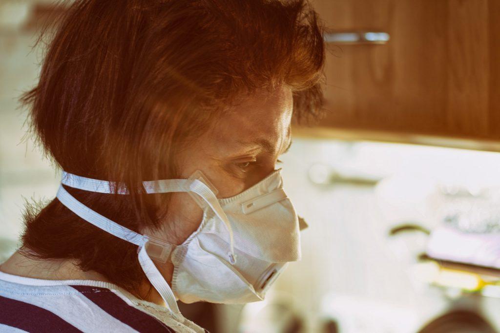 Le donne , come già accaduto in altre epidemie, stanno pagando il prezzo più alto della crisi da COVID-19